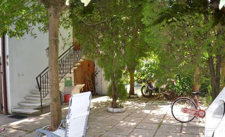 Villa con giardino a 100m dalla spiaggia - Lido di classe  - 別荘