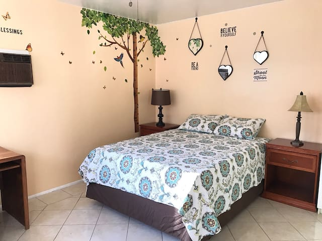 Cozy Magical Butterfly Studio - Whittier - Departamento