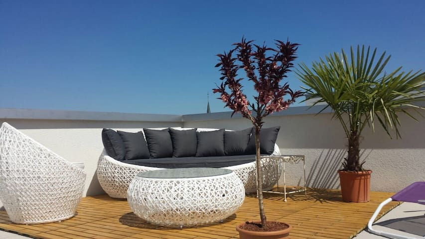 Appart lumineux + grande terrasse - Cugy (FR) - Appartement