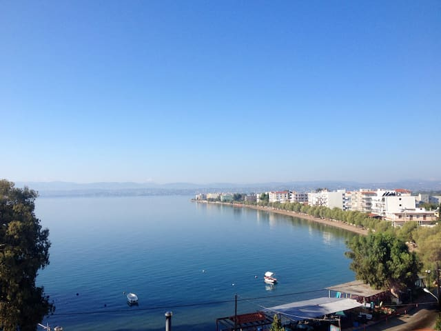 Amazing seafront apartment up to 7 people - Evia - Appartement