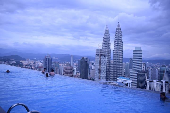 Rooftop Pool,Near KLCC THE FACE Platinum Suites - Kuala Lumpur