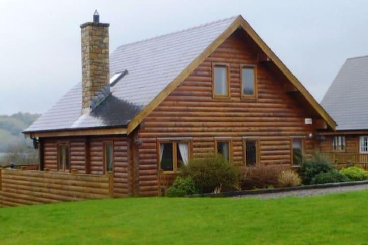 Lough Sillan Lakeside Lodge - Shercock - Chalet