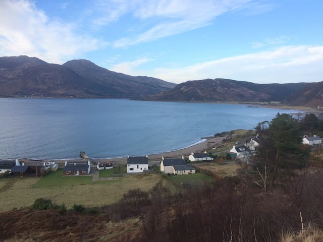 Macdonald Cottage, sea views towards Isle of Skye - Glenelg - 獨棟