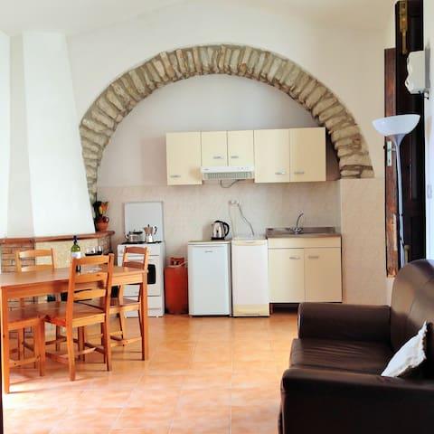 Charming Calitri, Avellino (Between Naples & Bari) - Calitri - Rumah