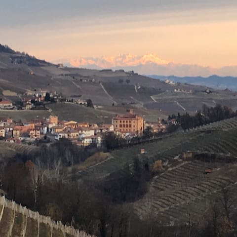 House between Barolo & Monforte - Barolo - Leilighet