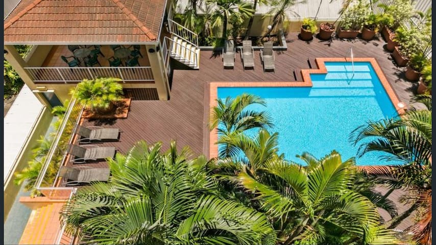 Elevated Position in heart of CBD - Cairns City - Appartement