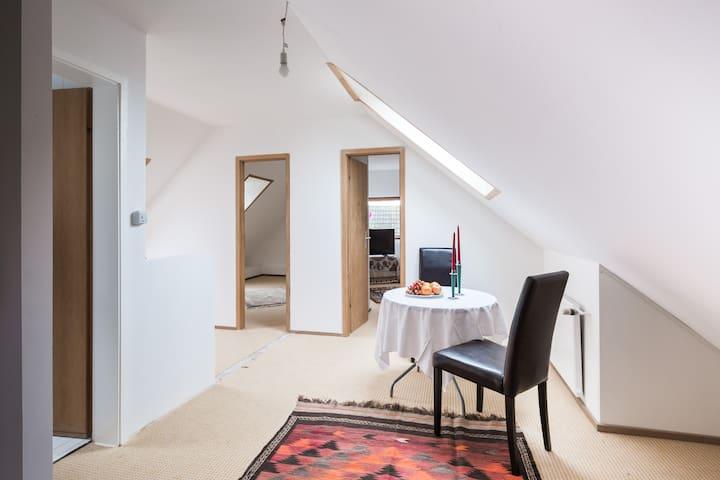 Schöne Wohnung in toller Lage - Hamburg - Leilighet