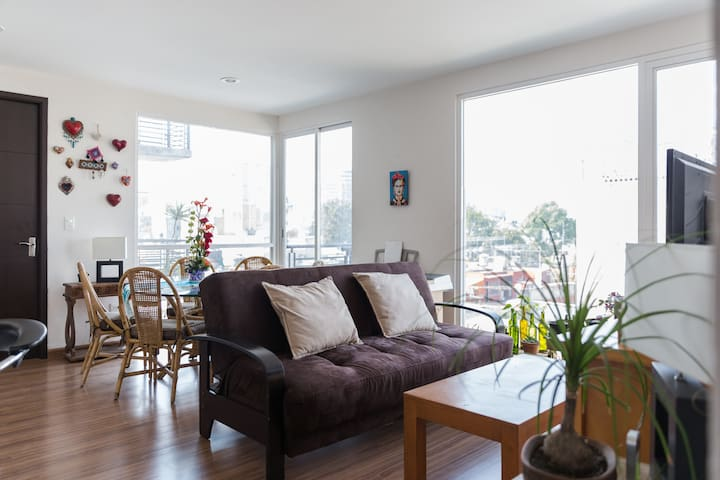 Private room in beautiful new apt Colonia Roma! - Ciudad de México - Appartement