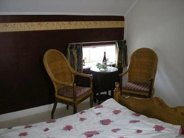 Le Tournesol Chappes Allier (03) - Chappes - Bed & Breakfast