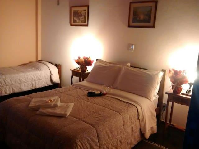 Quarto para 2 hospedes - Piedade do Paraopeba, Brumadinho - 家庭式旅館