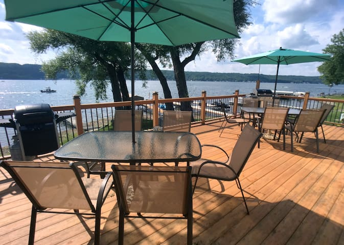 Stunning lakefront views and modern comfort - Conesus