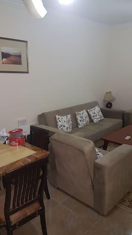 One vacant room at ezdan 31 - Al Wukair - Leilighet