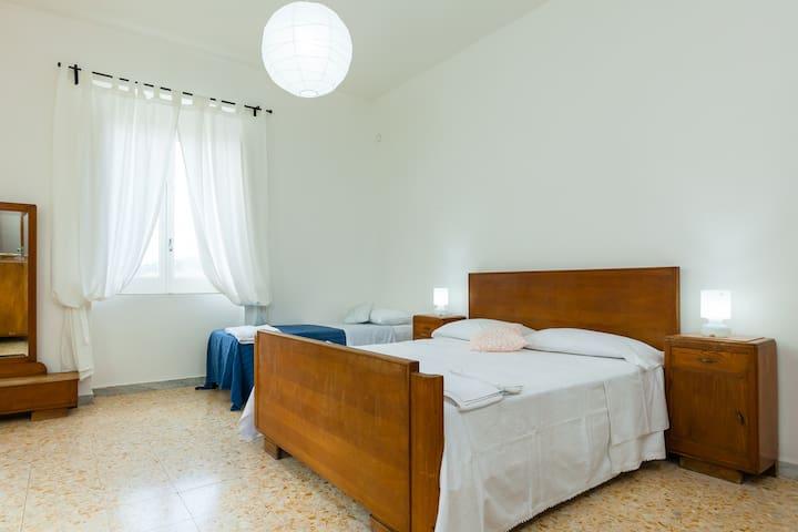 Appartamento per 6 persone a 20 minuti dal mare - Ceraso - Appartement