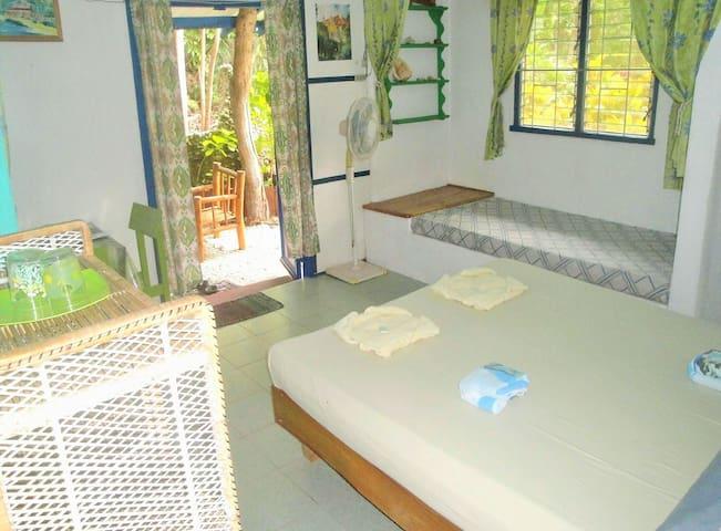 Garden house in our romantic RESORT - Larena