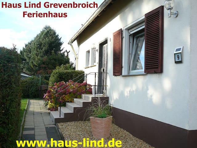 Haus Lind modernes Ferienhaus in ländlicher Idylle - Grevenbroich - Casa