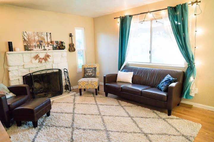 4 Bedroom Family Home Near San Francisco and Tahoe - Loomis - Hus