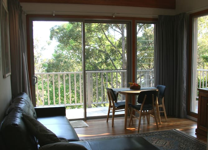 Leafy Haven bnb - Frenchs Forest - Szoba reggelivel