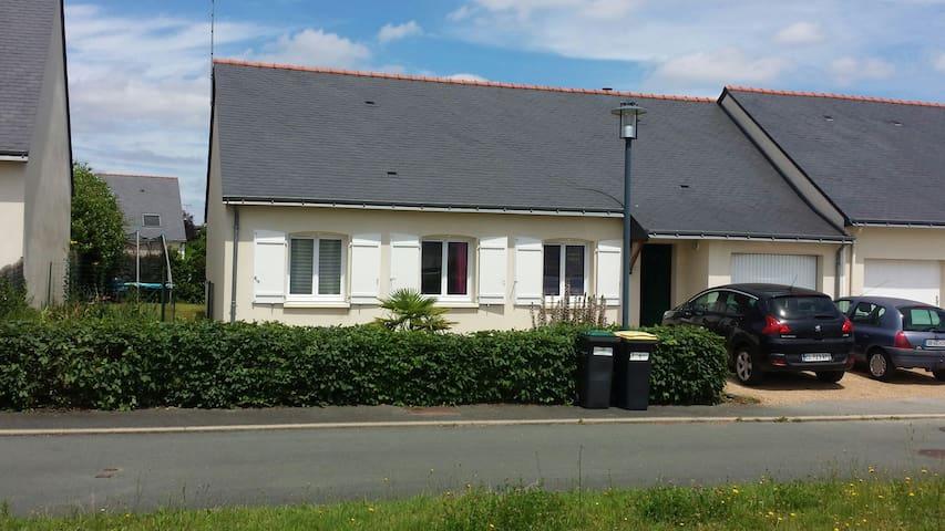 Charmante maison 4 piece a Trelaze - Trélazé - Hus