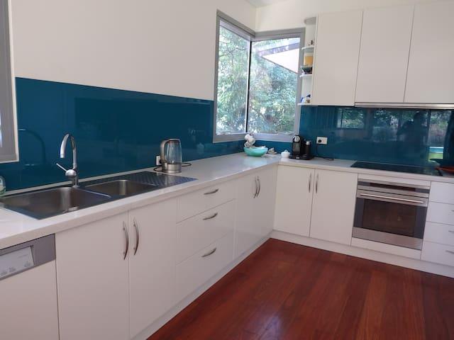 Pittwater - designer home &  pool - Church Point - Casa