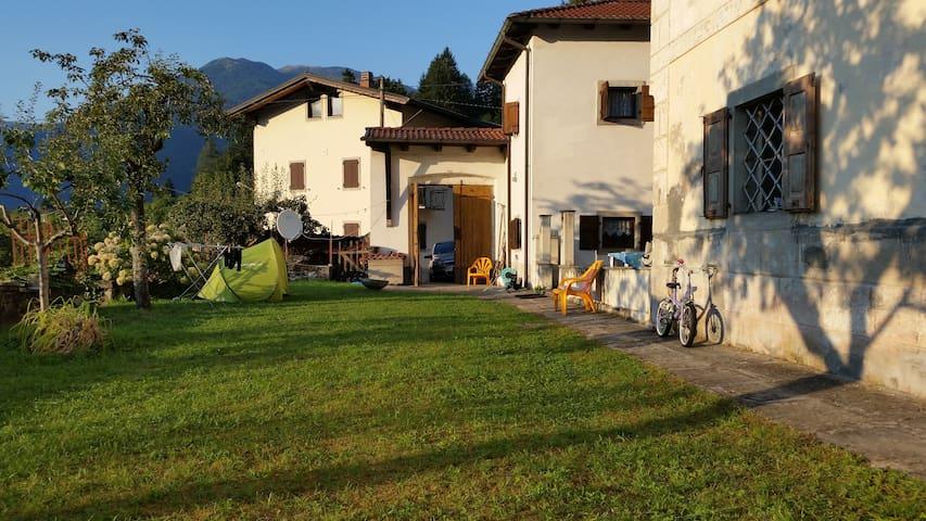 House mountain holiday - Rivo - Maison