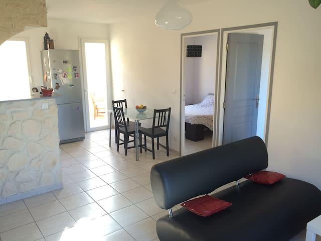 Appartement T3 terrasse garage - Gignac - Departamento