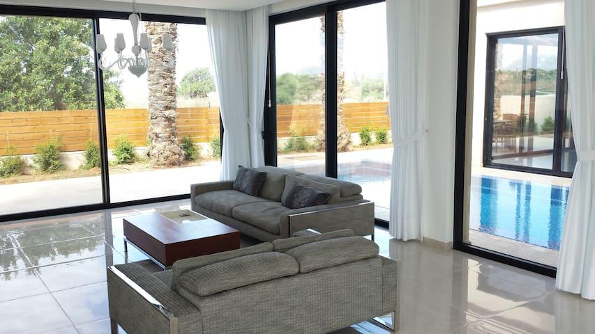 Modern Villa with Swimming Pool - Or Akiva - Leilighet