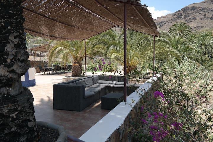 """""""Giving room"""",Eco-villa Ecotara - San Bartolomé de Tirajana - Talo"""