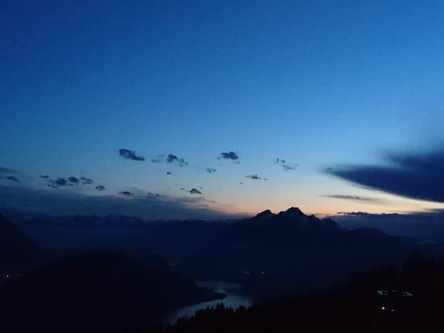 Über den Wolken... Rigi-Kaltbad - Weggis - Bed & Breakfast