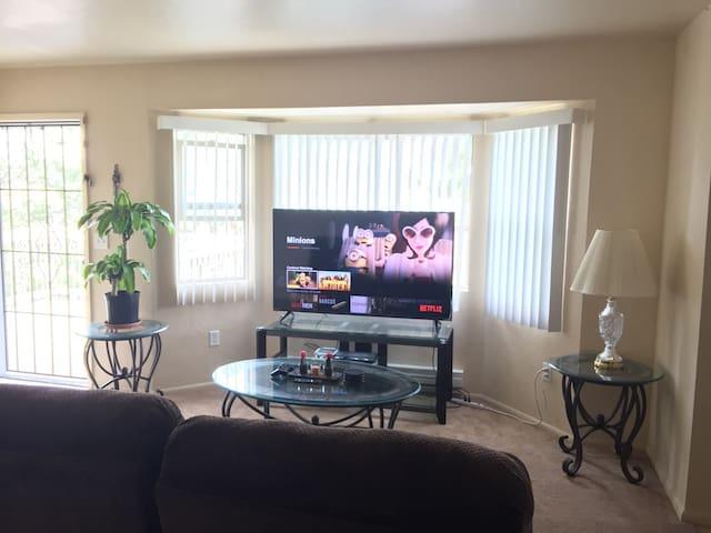 Private room with breakfast: spacious/quiet/comfy! - Prescott Valley - Apartamento
