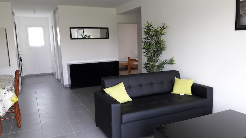 Appartement T3 Halsou - Halsou - Apartemen