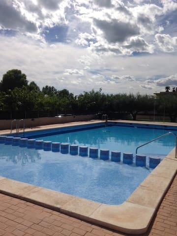 Apartment close to the sea + pool - Alcanar - Departamento