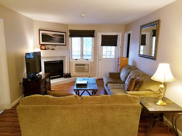 Fabulous Loon Condo- Nordic Inn-Updated- No Fees - Lincoln - Daire