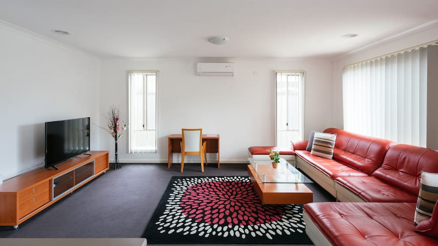 4BDR &2 BATH guest house in point cook,melbourne - Point Cook