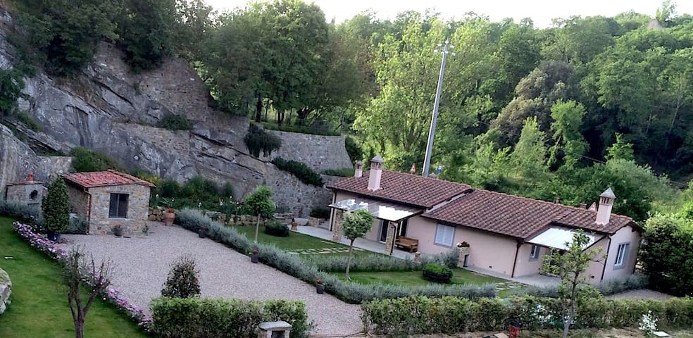 In the heart of tuscan countryside near Florence L - Carmignano - Casa