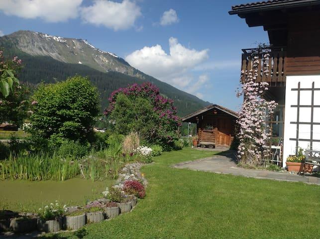 Quite studio apartement in beautiful location - Klosters-Serneus - Appartement