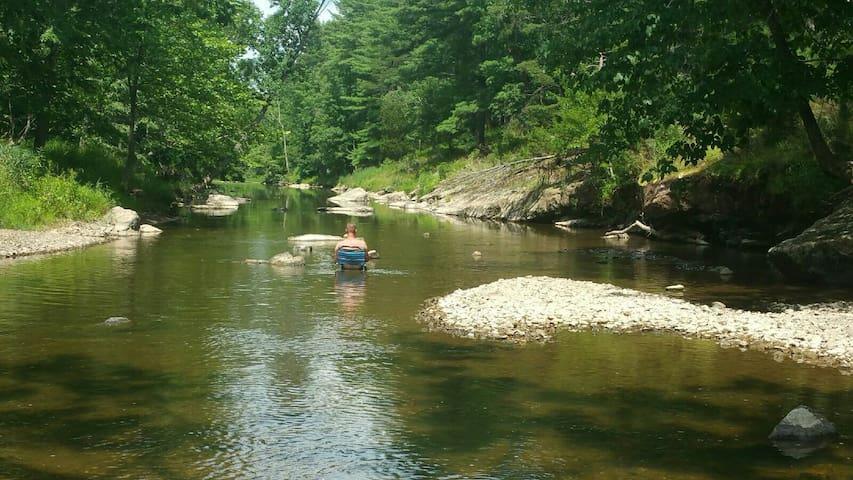 Beautiful Riverside Camping - Augusta - Overig