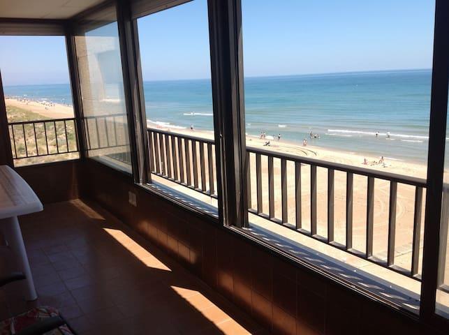 Apartamento primera línea de playa en Mareny Blau - Mareny Blau - Byt
