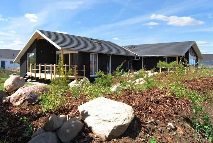 Dänisches Holzferienhaus, 500m zum Ostsee Strand - Zierow - Casa