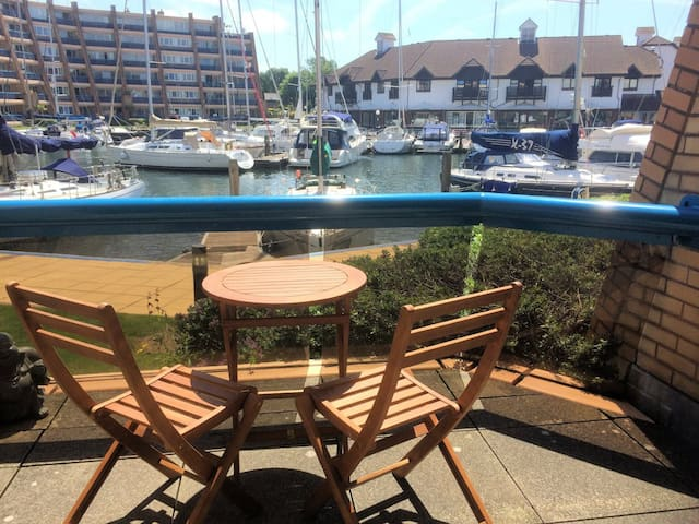 Ground floor apartment inc free parking gym & pool - Portsmouth - Appartement
