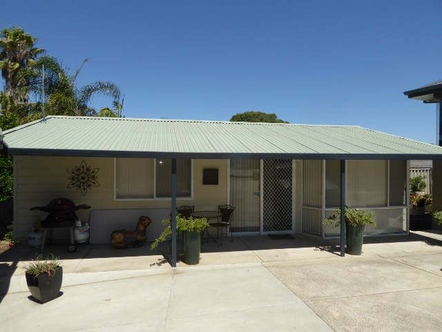 Self-contained, self-catering flat Attadale WA - Attadale - Overig