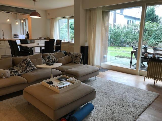 Spacious 3bedroom apartment with terrace - Kapellen - Departamento