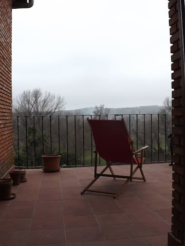 Bedroom with two beds and great views - Calahorra - Ev