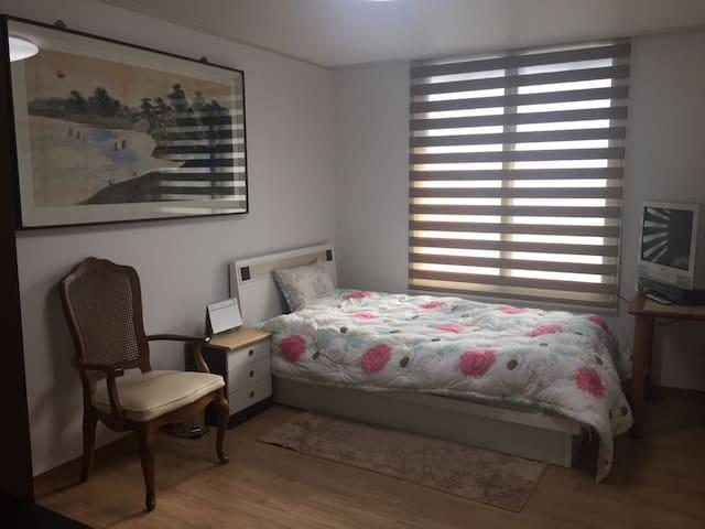 분당(서현/이매), 판교 쪽 교통이 편리한 위치, 조용한 공간 - 성남시 - Квартира