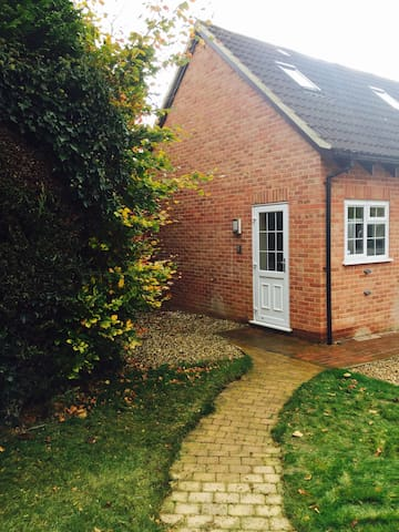 Private Annexe in Beautiful Village - Great Shefford - 公寓