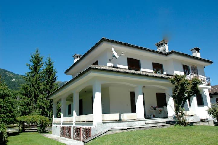 House of Flowers - Valle Vigezzo - Craveggia - Casa