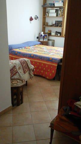 Affitta camera sui.colli - Monte San Giovanni - Apartamento