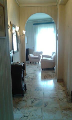 Normanno House - Paternò - Departamento