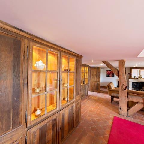 35/5000 Triplex Apartment - Theme wood - Seneffe - Lägenhet