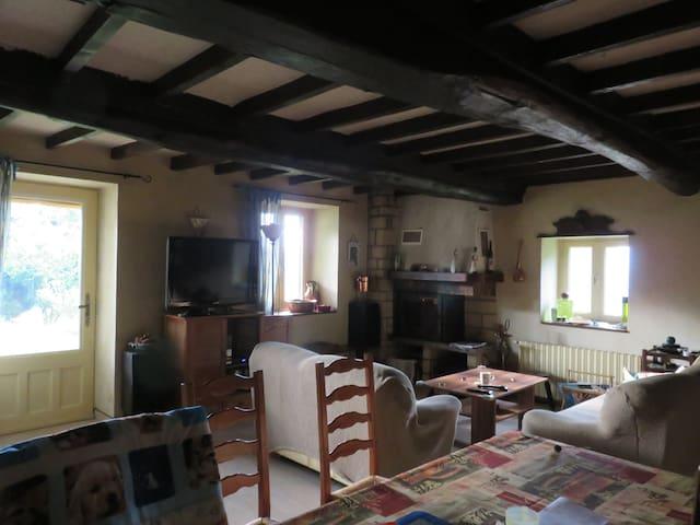 Ferme du XVIII rénovée 130 m2 - Saint-Chamond - Casa