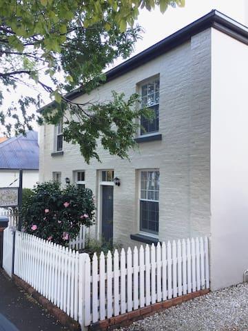 Canning Cottage - Launceston - Rekkehus